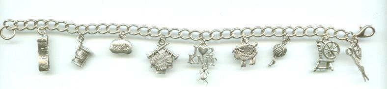 788_charm_bracelet_knitting
